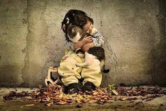 """Sevmek ;  mübalağa sanatıdır... """"Abartın"""".  İsmet Özel"""
