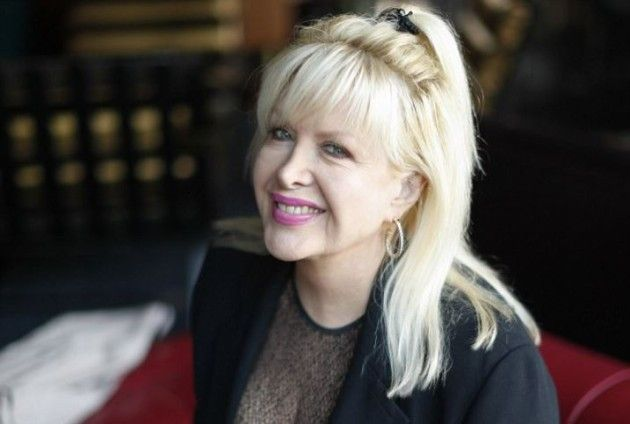 CLINTON'S MISTRESS: Gennifer Flowers Now Claims Hillary's Bi-Sexual and Chelsea is the Reason She and Bill Aren't Together