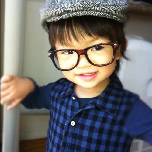 Hipster baby that dresses better than you. Aww this lil cuteness lol the only time glasses with no prescription are pulled off Fab looks for Very French Gangsters supercool kids glasses using the coat of the winter season from Bobo Choses! See more.