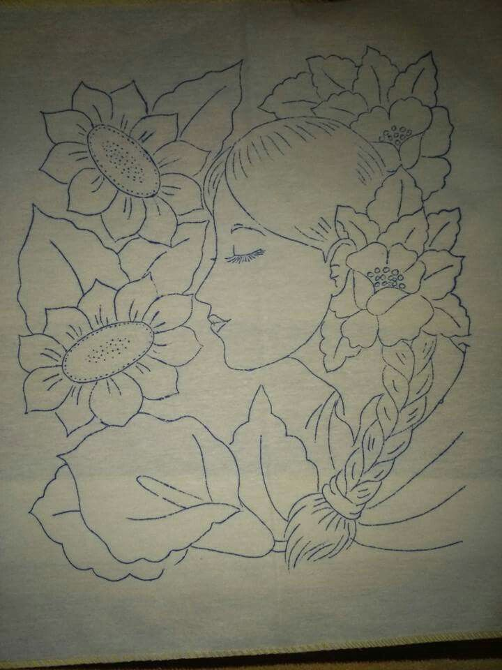 Rostro con flores