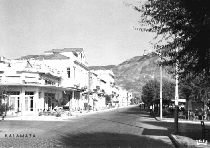 Η Ναυαρίνου κάπου στα μέσα ή προς το τέλος της δεκαετίας του 1960 Διαβάστε το άρθρο στην ΕΛΕΥΘΕΡΙΑ http://www.eleftheriaonline.gr/polymesa/nature/item/46278-navarinou-1960