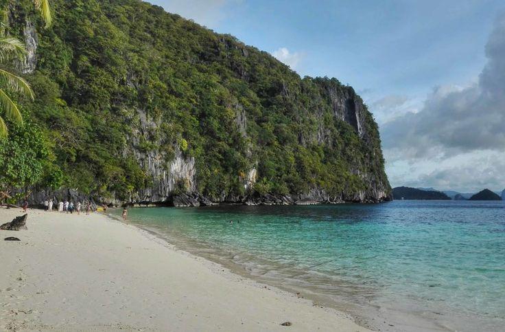 Island hopping in El Nido, Palawan. This is Papaya beach... I love the Philippines!