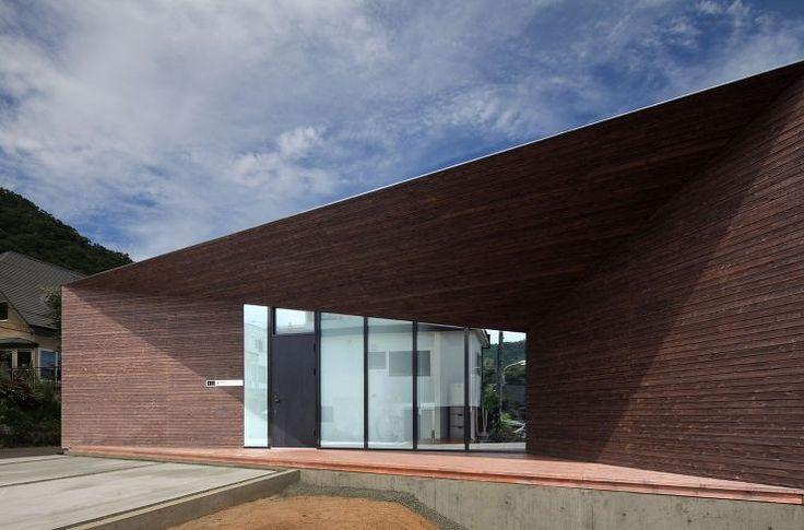 コウド一級建築士事務所 宮の森の家  http://www.kenchikukenken.co.jp/works/1064123415/161/