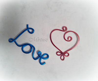 Mirtusz : Melyik szívet válasszam ???  Drótmedálok - szív  és Love felirat
