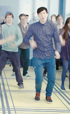 I can't stop laughing at Phil's dance moves xD