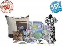 The Posh Mama Hospital #Labor Bag make a great baby shower gift of health and convenience. Healthy #babies start with healthy mamas... http://mypuredelivery.com/posh-mama-bag/