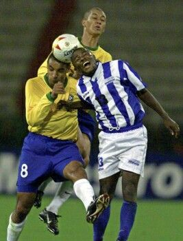 Brazil 0 Honduras 2 in 2001 in Manizales. Emerson and Robel Bernardez go up for the ball in the Quarter Final at Copa America.