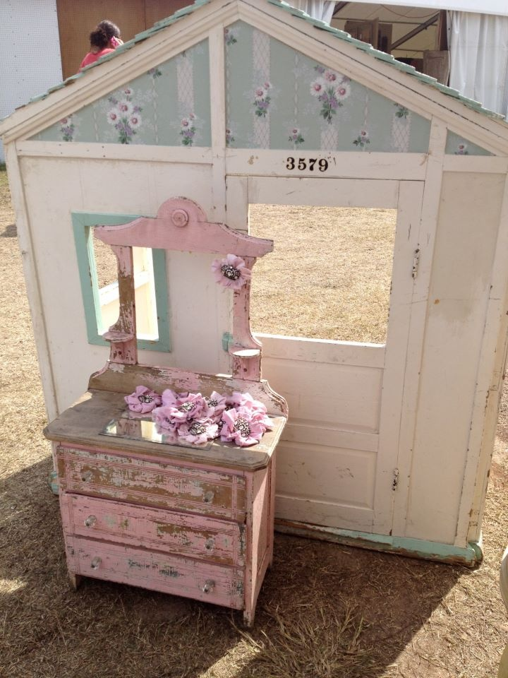 54 best images about rachel ashwell on pinterest shabby bedroom shabby chic and antique roses. Black Bedroom Furniture Sets. Home Design Ideas