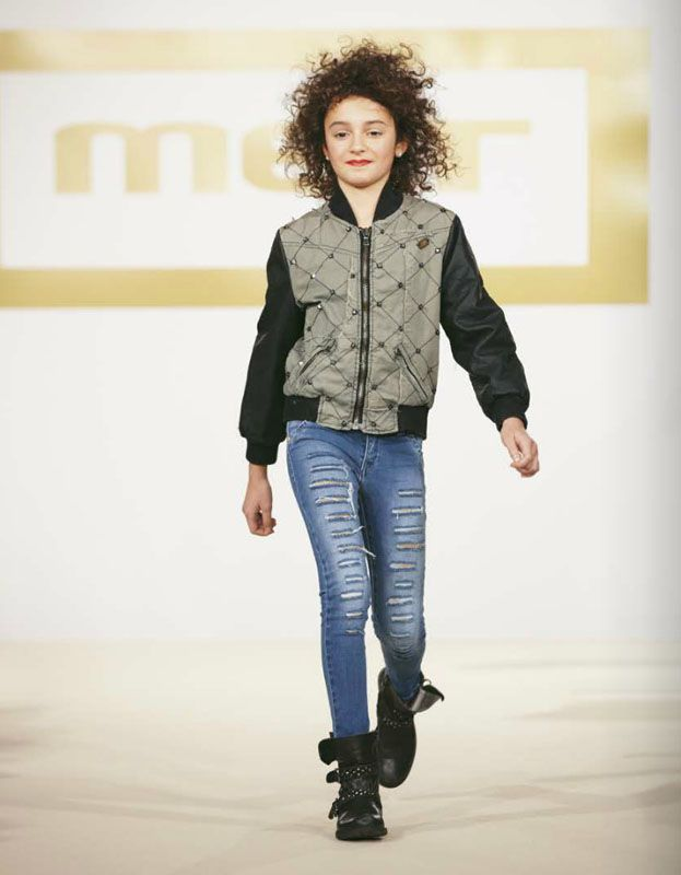 #metjeans #girl #met #fall #winter #collection #style #fashion #women #girl #kids #apparel #clothing #clothes #denim #jeans