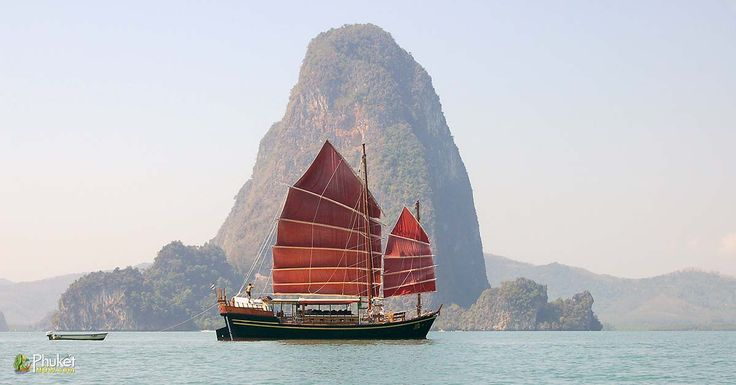 Boat in the Bay of Phang Nga