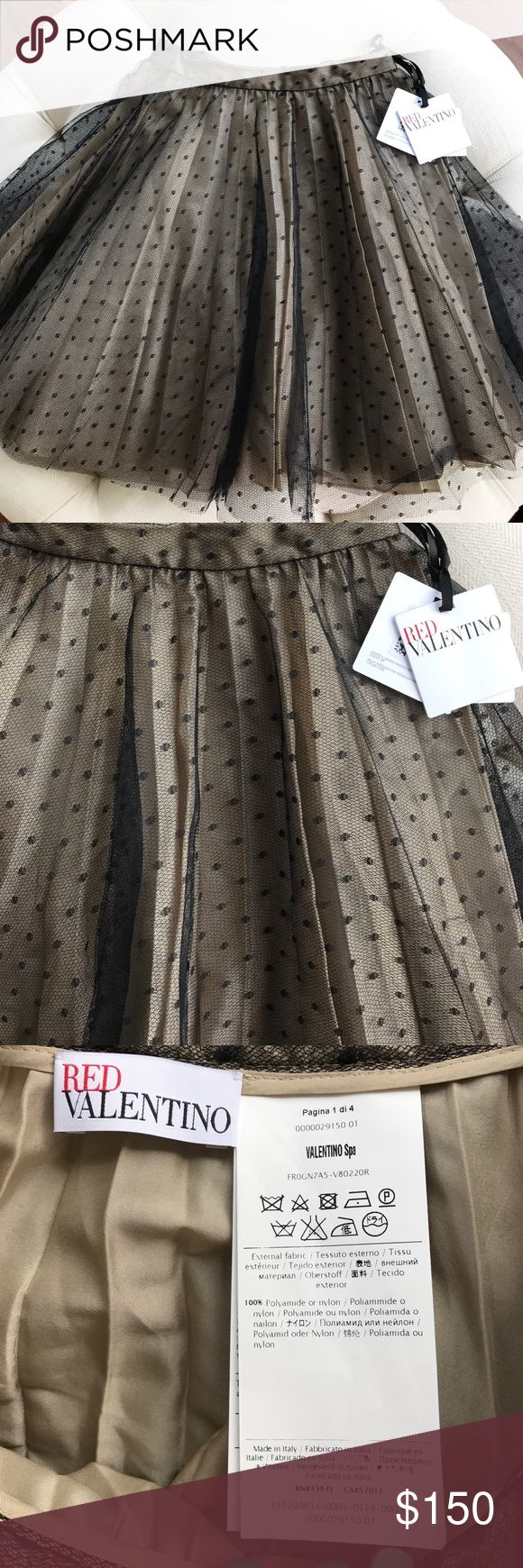 ❤️NWT Red Valentino Point D Espirit Skirt Size 2❤️ Product details  Sits at the natural waist. A-line silhouette. Straight hem. Made in Italy. Universal Product Identifiers BrandRed Valentino❤️ This skirt is still being sold in store and online at Neiman Marcus.❤️❤️ The skirt is very sex and the city! 💋 RED Valentino Skirts