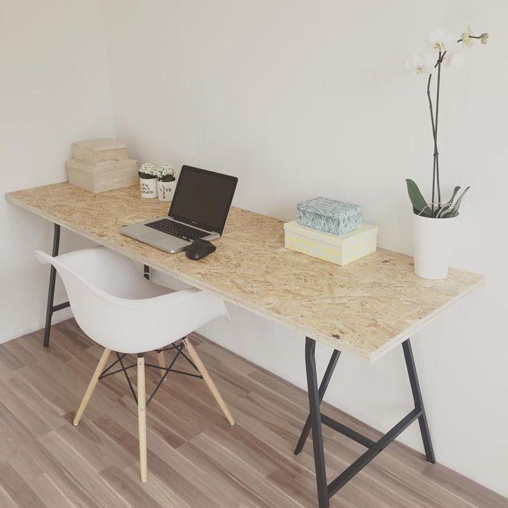 DONE!!!!  #indretning #skrivebord #osb #hjemmelavet #diy #boligindretning #kontor - rikkebihlremmer