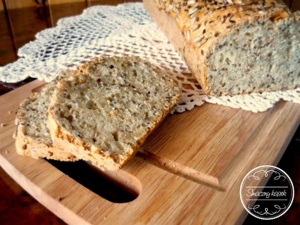 Delicious homemade wholemeal bread...  My mom's recipe!