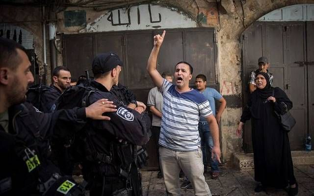 Israeli Defense Minister Outlaws Muslim Provocateurs on Temple Mount