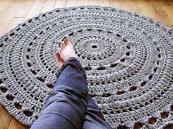 Большие круглые вязаные коврики