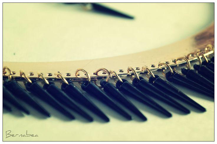 Collar puas negras! FB : Bernabea Boutique