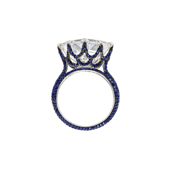 Sotheby's Diamonds Empire ring in diamond and sapphire, price upon requestFor information: sothebysdiamonds.com - Photo: Courtesy of Sotheby's Diamonds