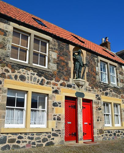 Tour Scotland Photograph Robinson Crusoe Statue Lower Largo East Neuk Of Fife April 02