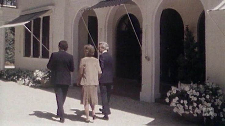 Bob and Hazel Hawke enter The Lodge for the first time, March 1983.