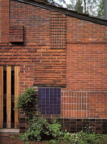 architecture contemporaine finlandaise : Alvar Aalto, maison d'été, Muuratsalo, Finlande, 1953, briques, terre cuite