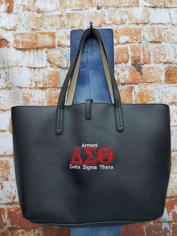 Delta Sigma Theta Sorority Personalize Purse – Monogrammed Embroidery Fake Leather-based Tote – Strap Closure bag – Personalised Present
