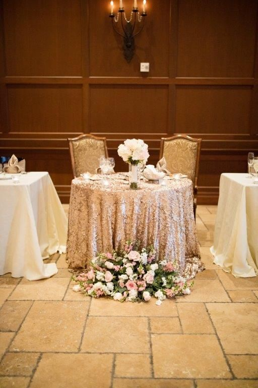 Glam, vintage sweetheart table with a sequin gold table linen   About Love Studio   villasiena.cc
