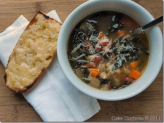 Zuppa di Fagioli e Crostini di Formaggio [Italian Bean Soup and Cheesy Garlic Crostini] - Cake Duchess