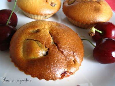 I muffins alla ciliegia di Micaela | pensieri e pasticci