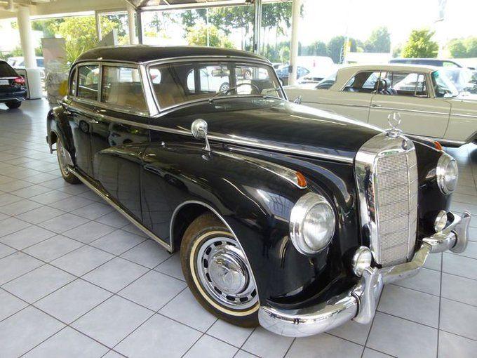 سيارة الملك إدريس السنوسي مرسيدس اديناور 300 A أرسلت إلى ليبيا في 19اكتوبر1953 إشتراهافي2015 وزير الإستثمارالمصري السابق من مالكهااللي Antique Cars Car History