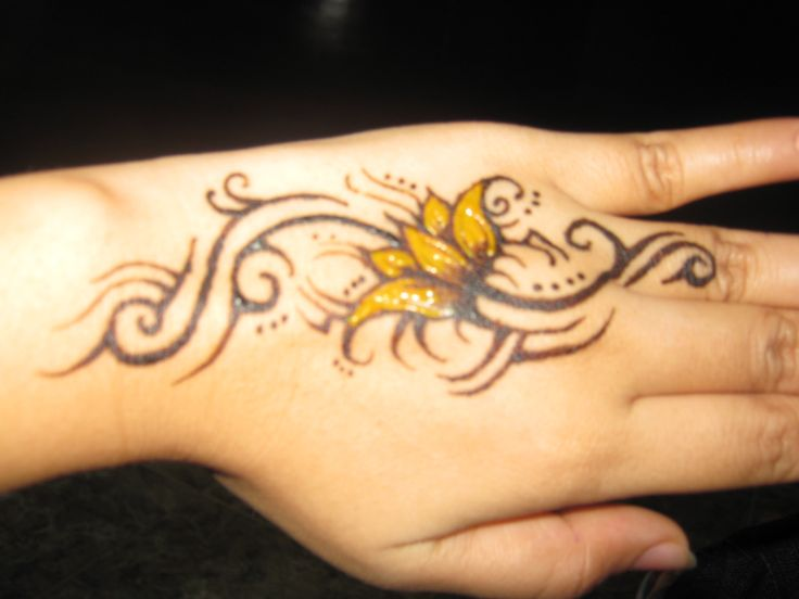 Designs on hands | Flower Tattoos Designs, Yellow Flower Tattoo Designs On Hand: Yellow ...