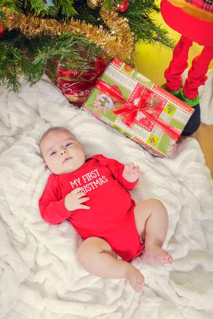 #christmasphotoshoot #studiophotography #kids #firstchristmas