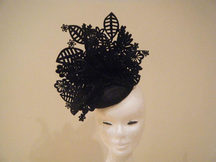 Hatinator Fascinator Spring Racing Wedding Headpiece Black felt lace Derby Day