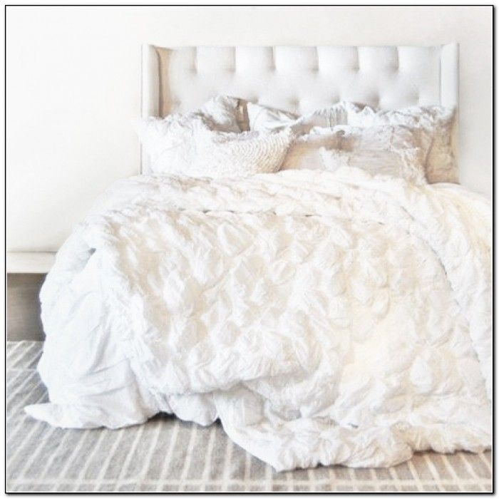 1000 ideas about white ruffle bedding on pinterest for Frilly bedspreads