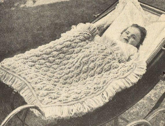 VCP244 chunky baby pram blanket vintage knitting by Ellisadine