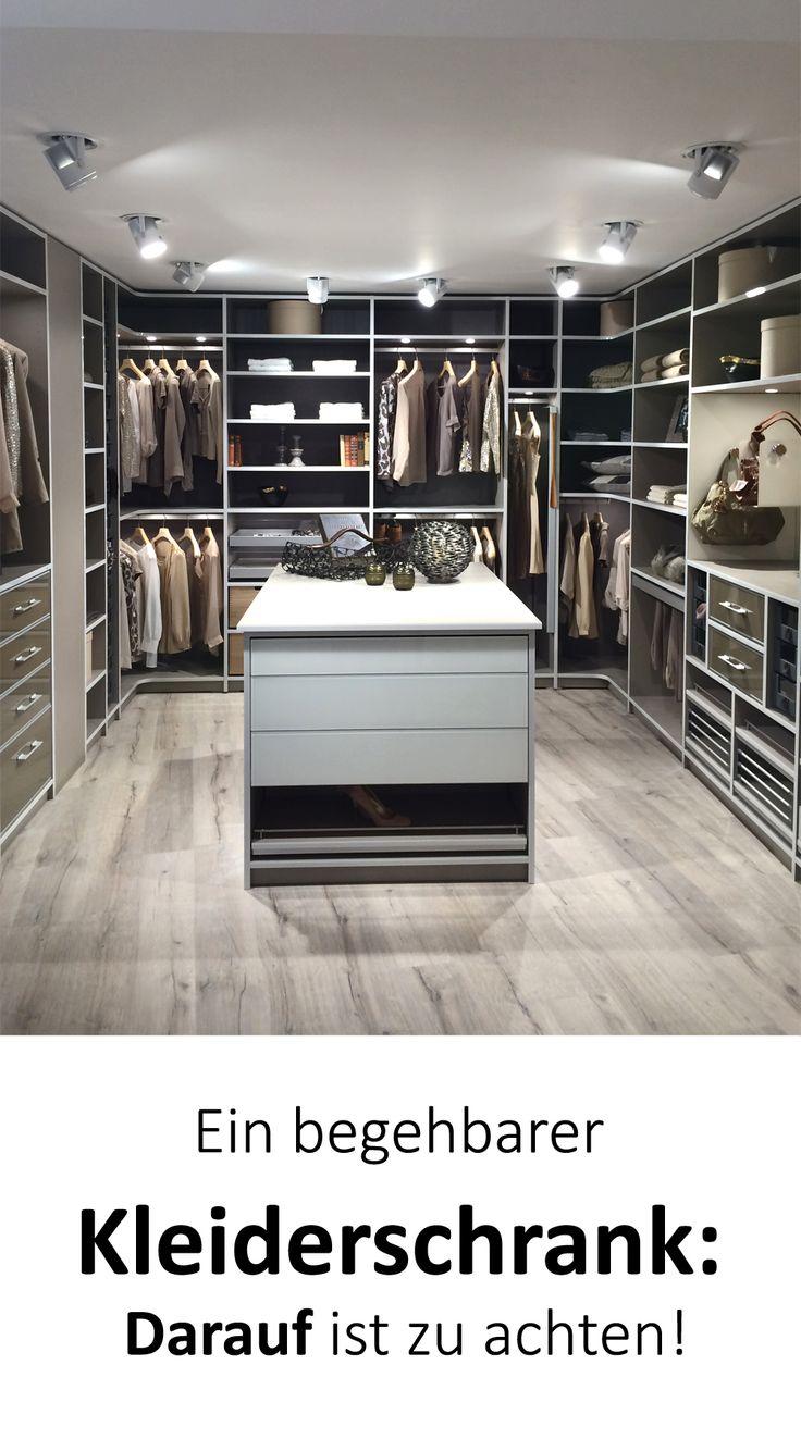 Begehbarer Kleiderschrank: Planung & Tipps – darauf ist zu achten!