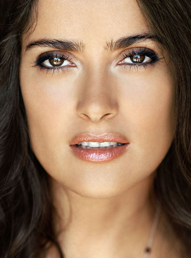 Salma Hayek My favorite movie with her is probably Fools Rush In... but I would love to lok like her, be her for even 1 day heehee..I know but this is my in my other life board so I can dream BIG ;)