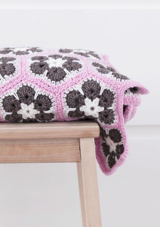 Suffeli-torkkupeitto Novita 7 Veljestä | Novita knits