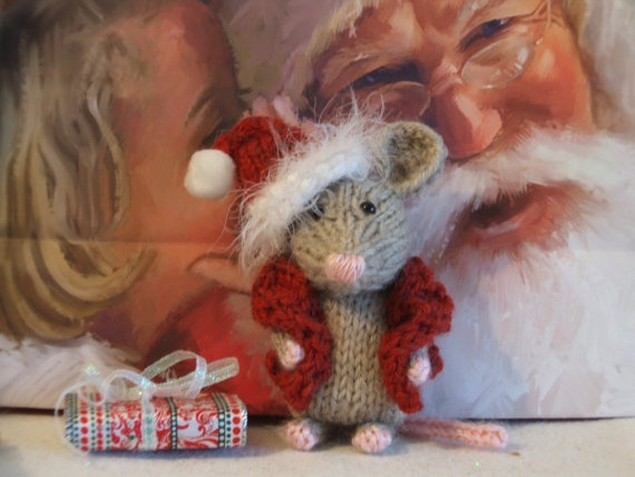 Knitting Patterns For Christmas Mice : 17 Best images about Knitted mice on Pinterest Toys, Ravelry and Patterns