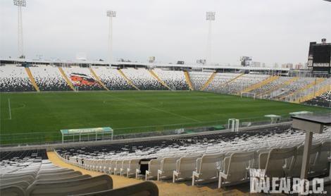 El Estadio Monumental David Arellano ya está listo para recibir a la Selección Chilena el próximo martes 11 de septiembre, día en que, a partir de las 16:30 horas, verá en su césped el choque de la Roja con Colombia camino a Brasil 2014.