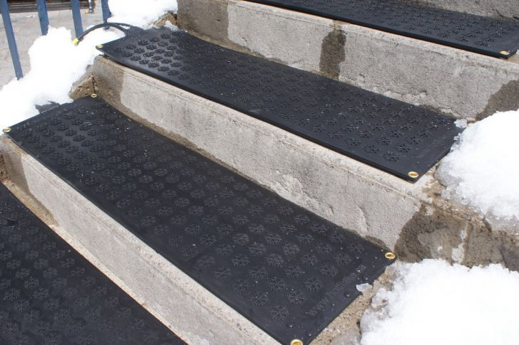 Best Black Full Cover Outdoor Stair Mats Ideas Outdoor 400 x 300