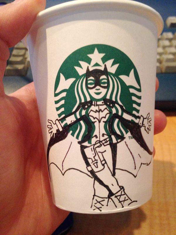 Starbucks: Il détourne le logo du gobelet avec son feutre