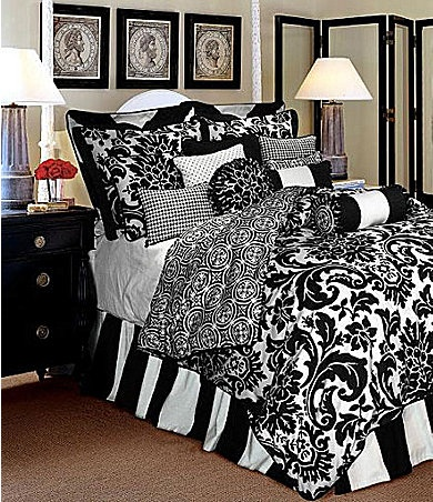 This is JUST what I have been looking for!  My bedroom is THE most peaceful shade of Sage Green and I want black and white everything else.  That would be it right there!