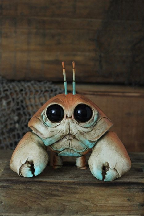 Fantasy | Whimsical | Strange | Mythical | Creative | Creatures | Dolls | Sculptures | Harlequin Clawmper - Chris Ryniak