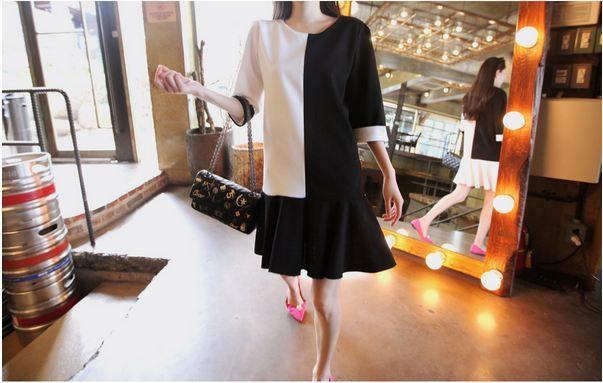 Korea feminine clothing Store [SOIR]  [Ops] Harp color combination Hur One Piece / Size : Free/ Price : 56.68USD   #korea #fashion #style #fashionshop #soir #feminine #special #lovely #luxury #dress #blacknwhite #black #white