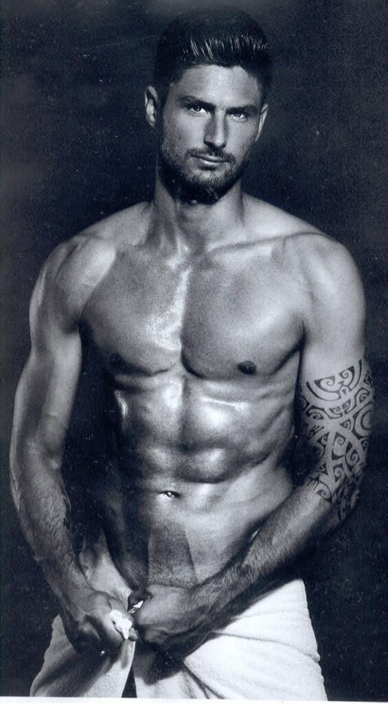 ALL DAY I DREAM ABOUT HIM  HOT DANG!! Olivier Giroud for Arsenal