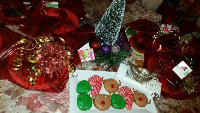 Christmas macarons 2014