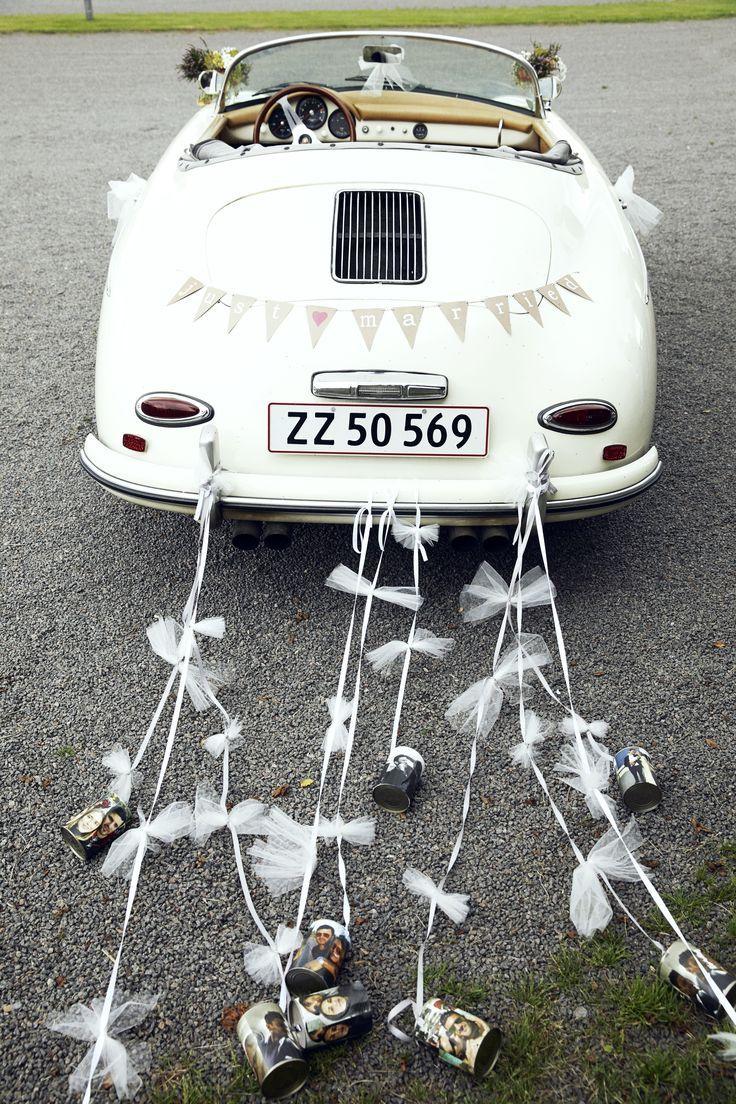 Frisch Verheiratet Aber Warum Die Blechdosen Auf Dem Fluchtauto Hochzeitsauto Hochzeit Auto Autoschmuck Hochzeit