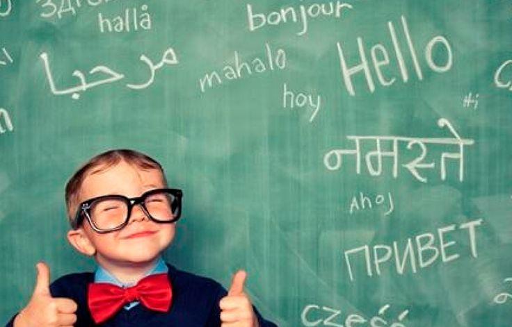 En sus primeros años de vida, el cerebro de un niño es como una esponja. Por eso los expertos en el lenguaje animan a que estos aprendan cuanto antes otros idiomas.