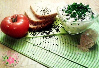 ekoMalwa - Poczuj jak smakuje zdrowie: Twarożek domowy smaczny i zdrowy z dodatkiem czarn...
