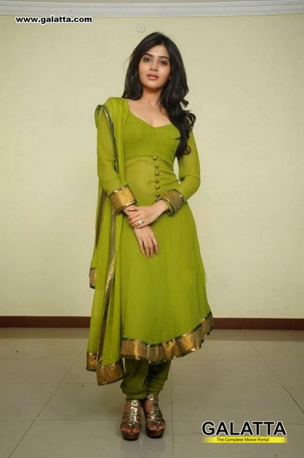 Samantha Ruth Prabhu in Salwar